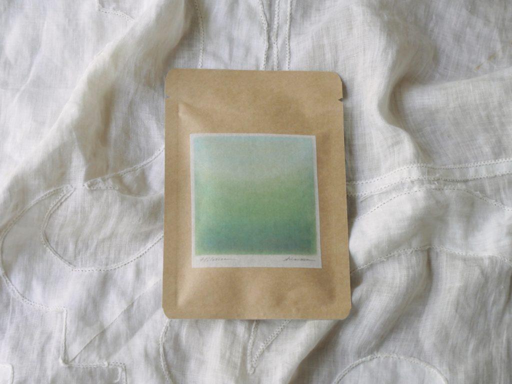 グリーンのお茶の写真